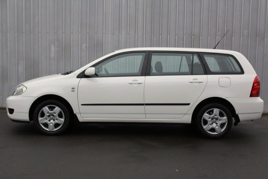 toyota corolla gl wagon 2006 for sale in auckland. Black Bedroom Furniture Sets. Home Design Ideas