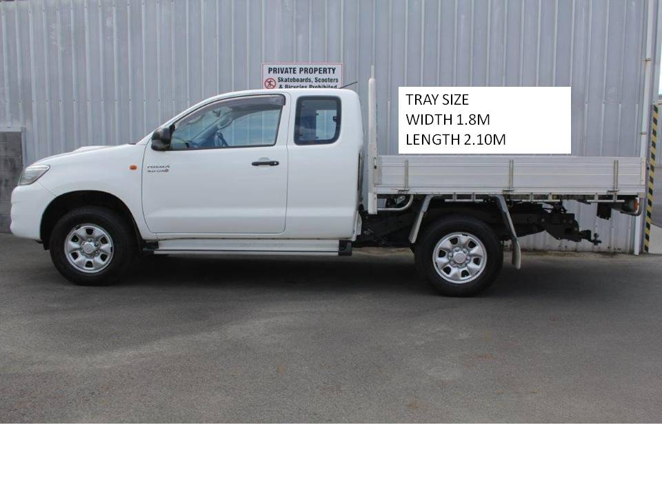 Toyota Hilux 4WD FLATDECK 2013 for sale in Auckland