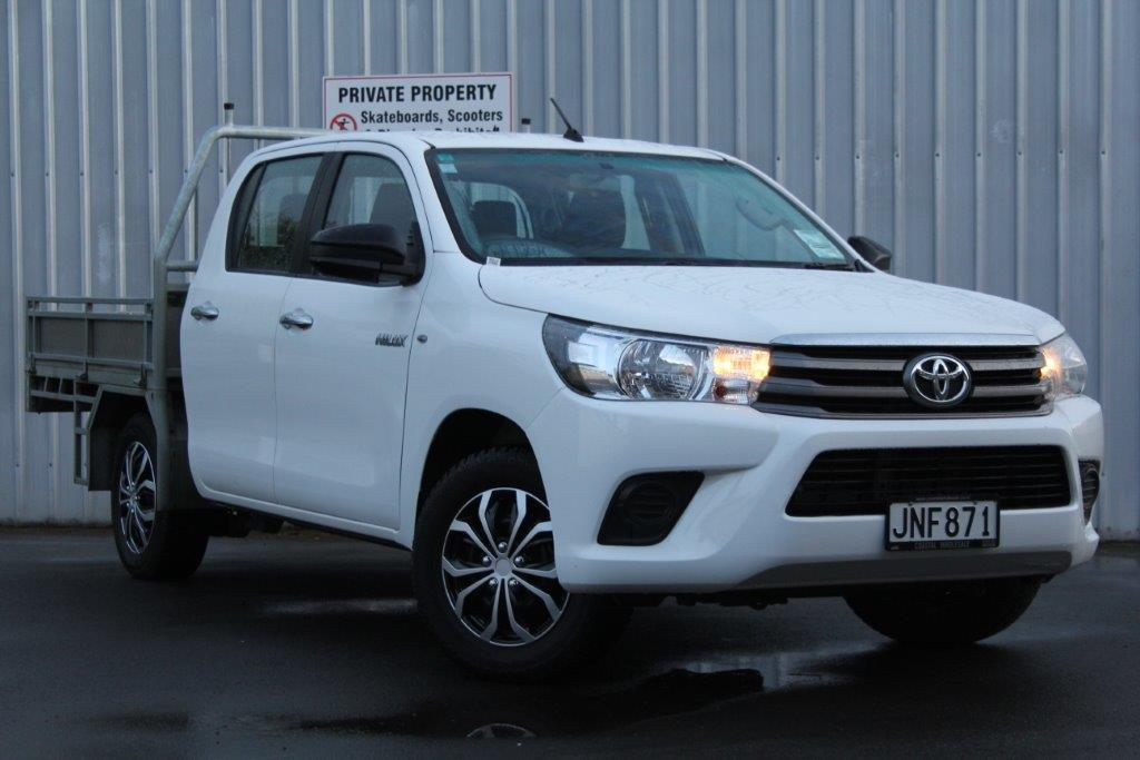 Toyota Hilux 2015 for sale in Auckland