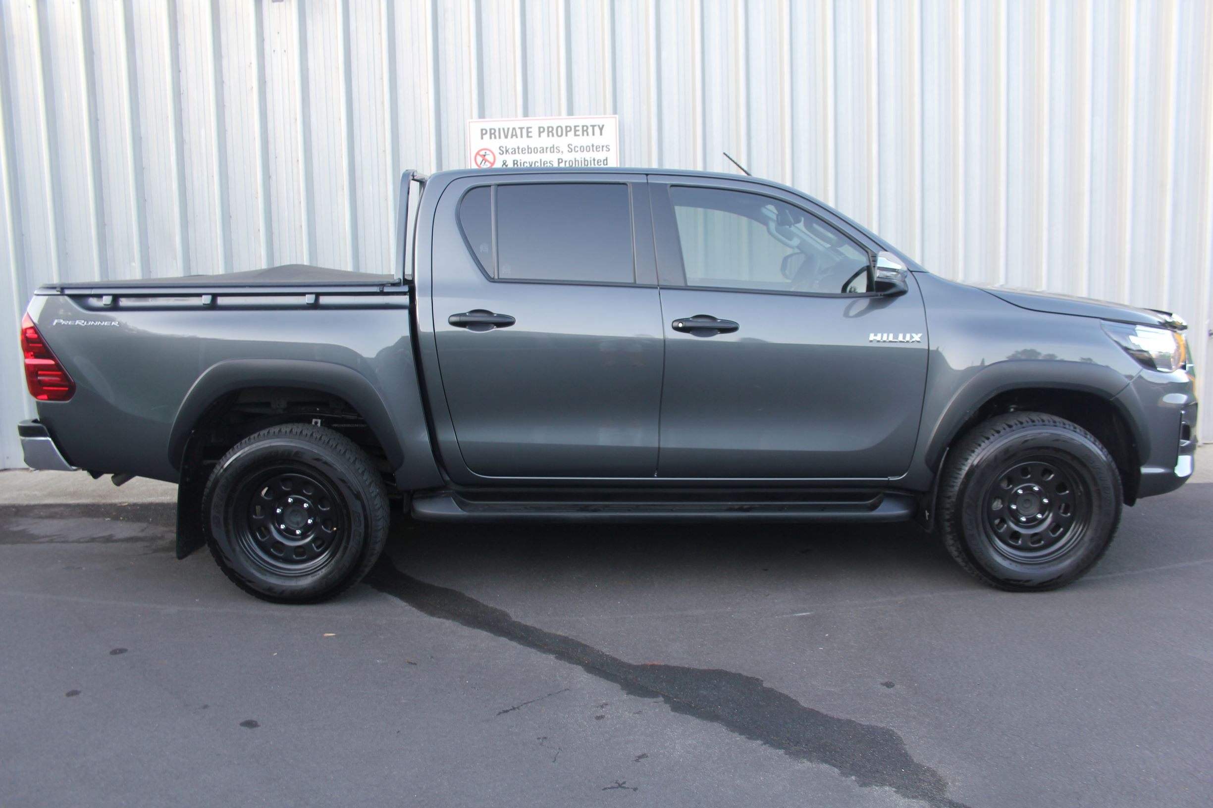 Toyota HILUX SR  2019 for sale in Auckland