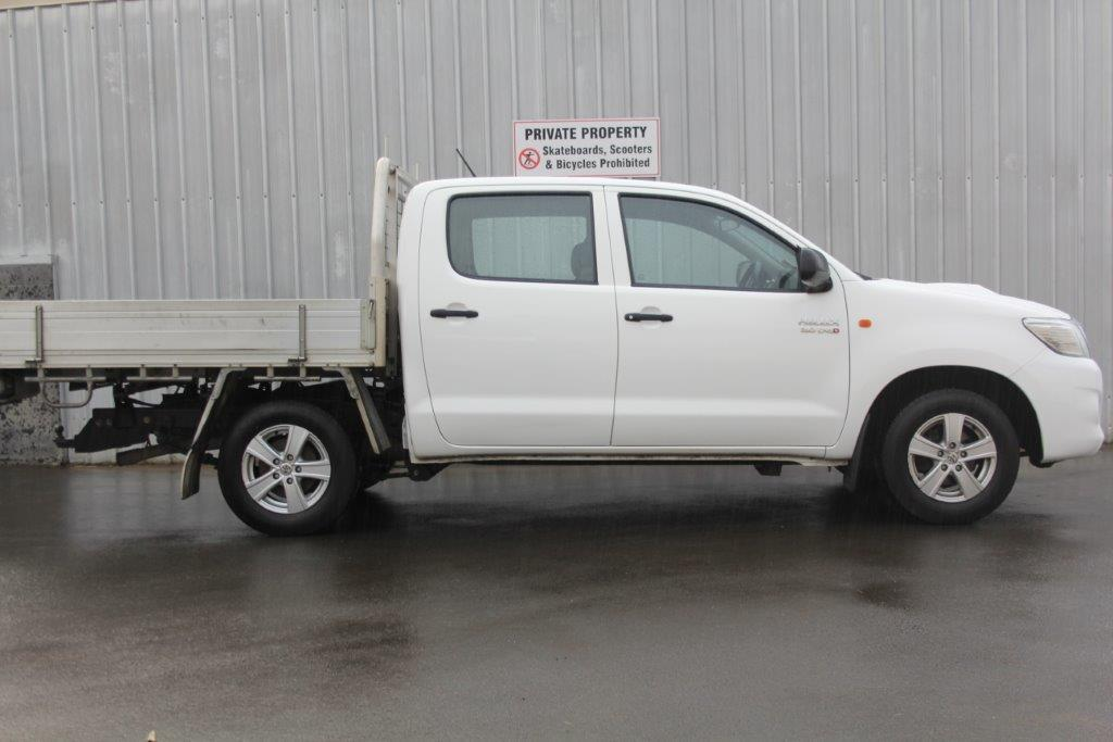 Toyota Hilux 2WD 2015 for sale in Auckland